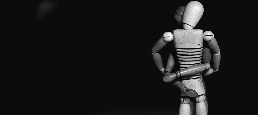 sich umarmende Figuren Vergewaltigung Sexualstrafrecht