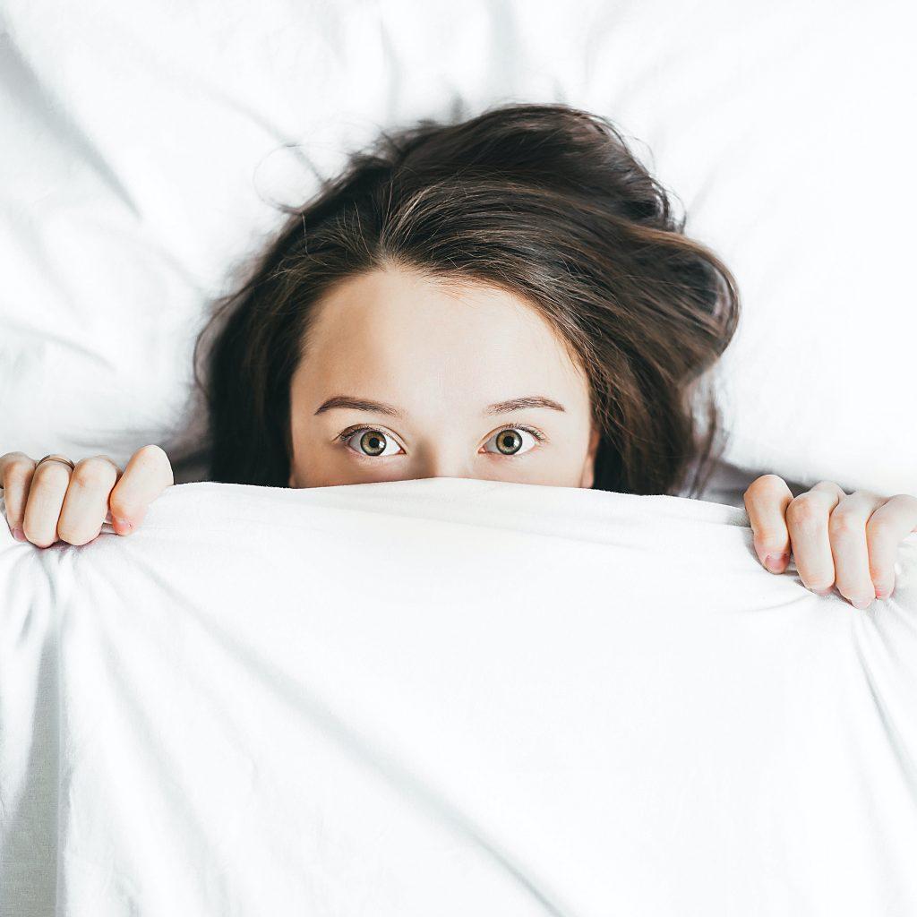 Corona-krank-im-Bett-bleiben-sonst-Körperverletzung-Verstoß-gegen-Infektionsschutzgesetz